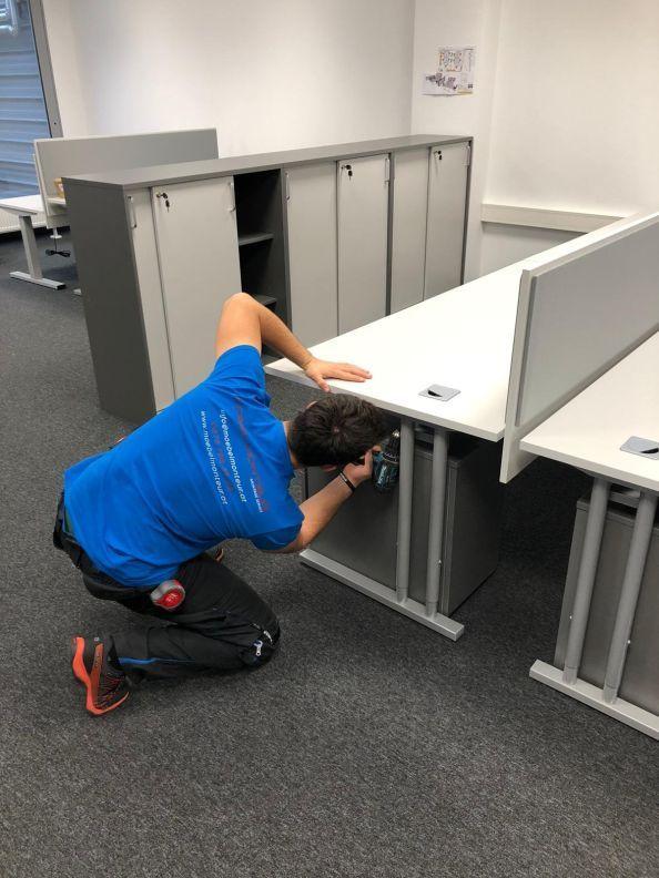 Professionelle Büromöbelmontage